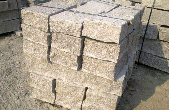 水库块石厂家浅析影响块石寿命的因素